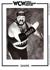 Original-Autogrammkarte OHNE Unterschrift Shark (Earthquake John Tenta) WCW WWE