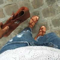 Women's flat strappy sandals in tan leather Handmade in Italy