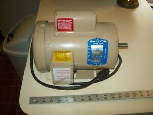1 HP Baldor Farm Duty Electric Motor FDL3510M Dual Volt 1 phase Thermally Prot