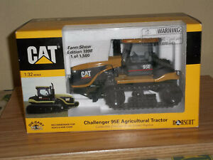 Caterpillar Challenger 95E Agricultural Tractor, 1:32 Scale