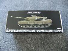 Minichamps 1:35 German Bundeswehr Leopard 2 Tank - Diecast Model 350 011000