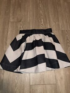 MISS POIS GIRLS SKIRT BLACK WHITE STRIPES, MADE IN ITALY, SIZE 6 YEARS