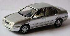 Lancia Lybra Limousine 1999-2004 argent argent métallique 1:43 Solido