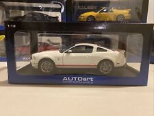 New Listing1/18 Autoart Performance White/Red Stripes 2010 Shelby Ford Mustang Gt500