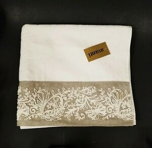 NEW BEAUTIFUL AVANTI EMBROIDERED 100% COTTON IVORY,CREAM+TAUPE,GRAY BATH TOWEL