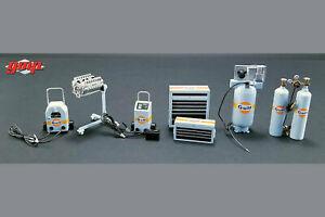GMP - Gulf Oil Shop Tool Set 1 (1:18 Scale, Light Blue/Orange)
