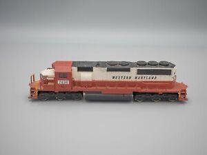 AHM IHC HO Scale Western Maryland 'Circus Scheme' SD40 Diesel Locomotive #7496