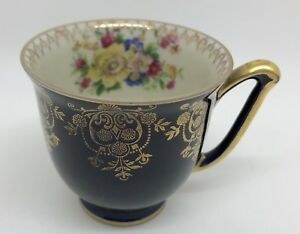 Cobalt Blue Teacup w/ Gold; Floral Interior JLMENAU Graf Von Henneberg (RF-fr10)