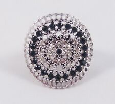 One New Stunning Curved Stretch Ring With Black Crystals #R1100