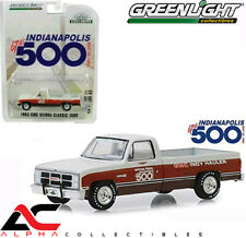GREENLIGHT 30028 1:64 1983 GMC SIERRA CLASSIC 1500 TRUCK 67TH INDY 500 RACE