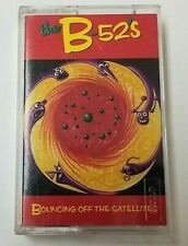 THE B-52s Cassette BOUNCING OFF THE SATELLITES New Wave Alt/Indie Rock UK