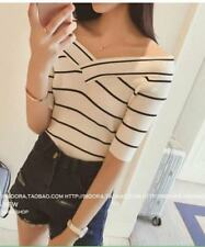 VNECK KNIT BLOUSE