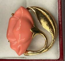 AVON SIGNED FAUX CARVED CORAL ROSE GOLDPLATE STUNNING ELEGANT VINTAGE BROOCH PIN