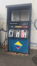 petrol bowser,fuel bowser,bowser,petrol pump