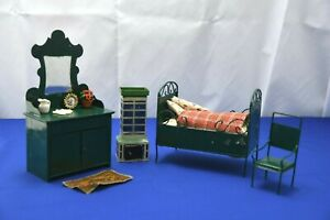 Green Metal bedroom set with accessories Doll Furniture