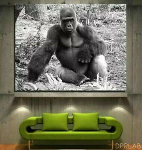 """24 X 36   """"GORILLA"""" KING  by DPRLAB   2021 ADVERTISING   FIRST PRINT 1/300"""