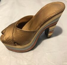 "Just the Right Shoe ""Magnetic Allure"". 25023 RETIRED 1999 Raine Willitts"