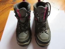 314a2e0c4b3 Chaussures de randonnée neige enfant MH500 Mid imperméable gris rose  QUECHUA P33