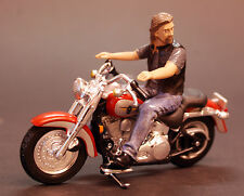 23913 American Diorama Biker Ace, 1:24