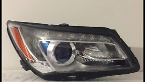 2014 BUICK LACROSSE RIGHT HEADLIGHT HID XENON RIGHT HEADLAMP OEM GM 26264991