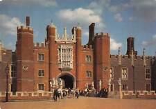 uk6841 hampton court palace uk