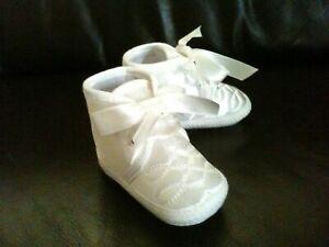 Baby Boy Diamond pattern Christening Baptism Pram Shoes Booties White/Ivory 0-12