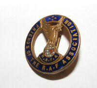 VINTAGE FRIENDS OF THE ROYAL AIR FORCE ASSOCIATION LAPEL BADGE / PIN RAF RAFA