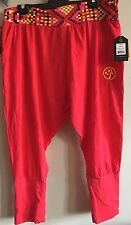 Zumba. One Love Harem Capris. Red. XL