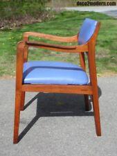 Vintage Mid Century Danish Modern Walnut Office Desk Side Arm Chair Risom style