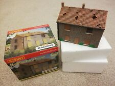 Hornby Skaledale Derelict Farmhouse (Mint Condition)