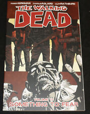 2014 The Walking Dead Vol 17 Graphic Novel TPB VF-NM