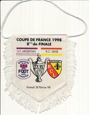 PETIT FANION 10*9 CM UF.ARGENTAN Vs RC.LENS COUPE DE FRANCE 1998