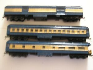 ATHEARN HO NJ CENTRAL / CNJ BLUE COMET BAGGAGE, COACH , OBSERVATION