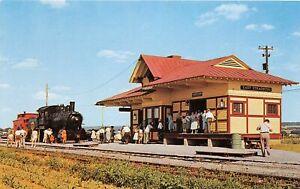 H70/ Strasburg Pennsylvania Postcard Chrome Railroad Depot 50