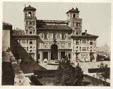 Italia, Roma. Villa Medici sede dell'Accademia di Francia. Facciata interna