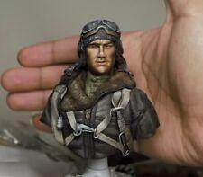 1//10 BUST Resin Figure Model Kit Soldier Pilot Fighter WAR unpainted unassembled