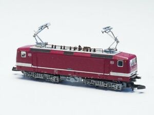 88431 Marklin Z-scale Electric Loco BR 143 DB, 5 pole motor, red & white LED