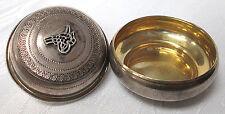 20.4g ANTIQUE TURKISH STERLING SILVER ROUND PILL BOX HALLMARKED GILT INT. (#380)
