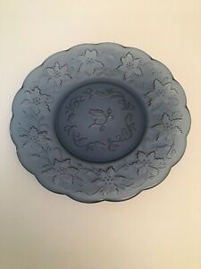 Pair of PRINCESS HOUSE BY FANTASIA FINE CRYSTAL PLATE Blue Etched Dessert Salad