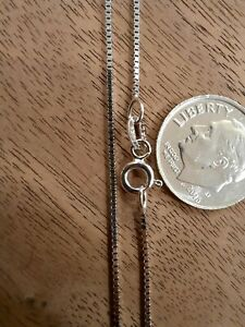 """18"""" 14K White Gold 0.8mm Box Chain Necklace - 2.090 grams Excellent Condition"""