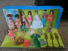 Topper Dawn Doll Lot of 9 dolls with case Wow!
