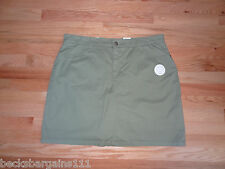 New Croft & Barrow Womens Stretch Skort Skirt w/Shorts Sage Green 10 $36