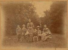 Famille Femmes Enfants Jardin Jouet Cheval c. 1900 - 1057