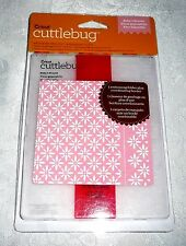 Cuttlebug Embossing Folder + Border BABY'S BREATH