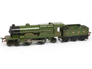 RARE  HORNBY 'O' (GB) Locomotive vapeur type 221 avec tender 'FLYING SCOTSMAN'