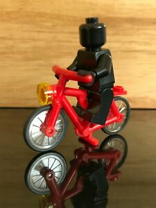 Lego Vintage Bicycle Red Community City Workers Set 9247- 4719c01 Minifigure