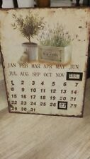 Calendario in metallo romantico con mesi e giorn. Da appendere, con ganci. Nuovo