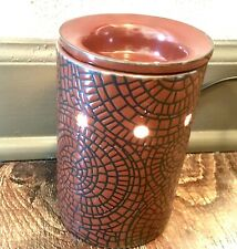 Scentsy Cobbled Leather Wax Warmer Rare Retired Red Black Brick Pattern 26979