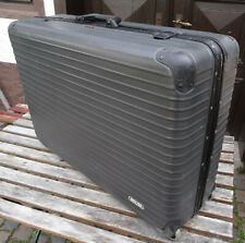 Älterer Reisekoffer sschwarzer Rimowa Roll Reise Koffer Hartschalen Rollkoffer