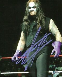 WWE THE UNDERTAKER HAND SIGNED AUTOGRAPHED 8X10 PHOTO WITH BECKETT COA RARE 18
